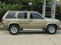 Jual Nissan Terrano 2001 kualitas bagus