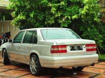 Butuh dana ingin jual Volvo S90  2000