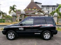 Butuh dana ingin jual Suzuki Escudo  2004