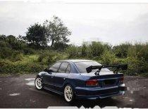 Butuh dana ingin jual Mitsubishi Galant  2001