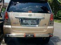 Butuh dana ingin jual Toyota Kijang Innova G 2004
