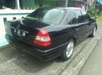 Butuh dana ingin jual Mercedes-Benz C-Class  1995