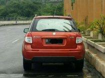 Butuh dana ingin jual Suzuki SX4 X-Over 2008