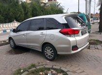 Butuh dana ingin jual Honda Mobilio E Prestige 2015