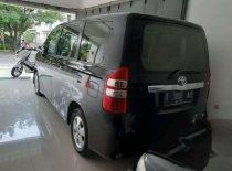 Jual Toyota NAV1 G 2013