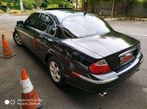 Butuh dana ingin jual Jaguar S Type  2001