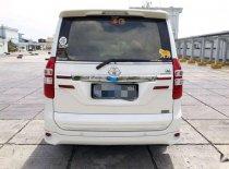 Toyota NAV1  2015 Minivan dijual