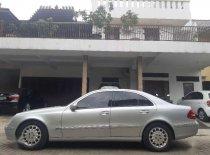 Butuh dana ingin jual Mercedes-Benz E-Class 260 2003