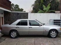 Jual Mercedes-Benz E-Class E 320 1995