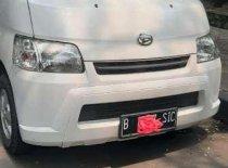 Butuh dana ingin jual Daihatsu Gran Max  2014