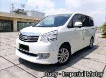 Jual Toyota NAV1 2015, harga murah