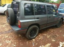 Butuh dana ingin jual Suzuki Grand Vitara  1992