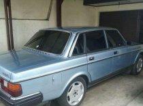 Butuh dana ingin jual Volvo 960  1984