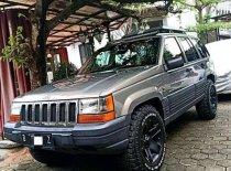 Jual Jeep Grand Cherokee Limited kualitas bagus