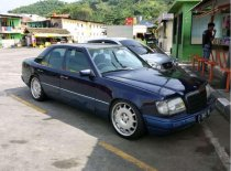 Mercedes-Benz 300E W124 L6 3.0 Manual 1989 Sedan dijual