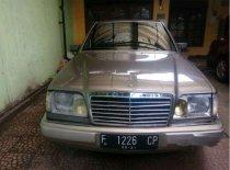 Jual Mercedes-Benz 230E W124 L4 2.3 Manual 1993