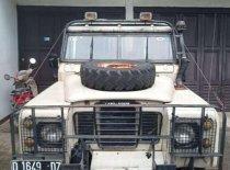 Butuh dana ingin jual Land Rover Defender  1960