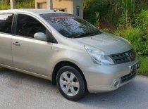 Butuh dana ingin jual Nissan Grand Livina  2007