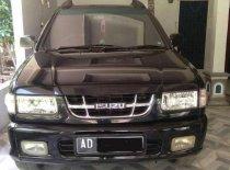 Isuzu Panther LS Black Panther 2004 MPV dijual