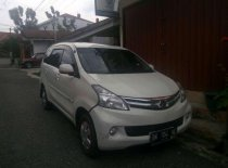 Butuh dana ingin jual Daihatsu Xenia M DELUXE 2013