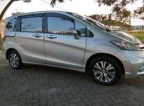 Butuh dana ingin jual Honda Freed PSD 2014
