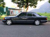 Butuh dana ingin jual Mercedes-Benz 300E  1991