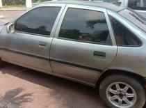 Butuh dana ingin jual Opel Vectra  1995