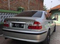 BMW i8  2002 Sedan dijual