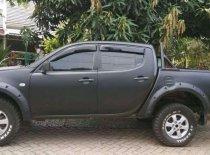 Butuh dana ingin jual Mitsubishi Triton  2010