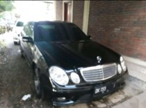 Jual Mercedes-Benz E-Class 2006, harga murah
