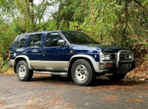 Jual Nissan Terrano  2001