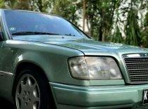 Jual Mercedes-Benz E-Class  1990