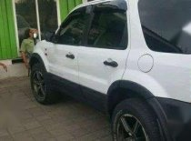 Butuh dana ingin jual Ford Escape XLT 2003
