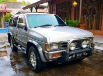 Nissan Terrano  2001 SUV dijual