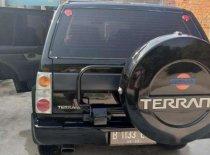 Butuh dana ingin jual Nissan Terrano SGX 2003
