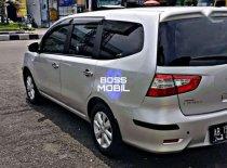 Butuh dana ingin jual Nissan Grand Livina  2016