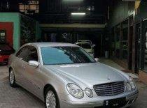 Butuh dana ingin jual Mercedes-Benz E-Class 260 2006