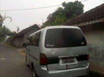 Kia Travello Option 2 2010 Minivan dijual