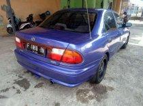 Butuh dana ingin jual Mazda 323 1997