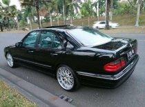 Mercedes-Benz E-Class E 240 2001 Sedan dijual