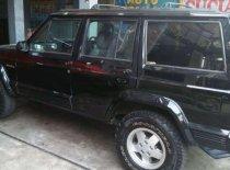 Butuh dana ingin jual Jeep Cherokee 1994