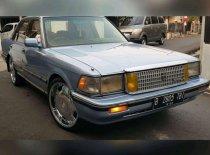 Toyota Crown Royal Saloon 1989 Sedan dijual