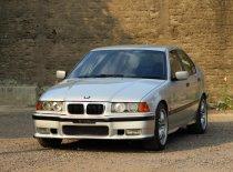 Jawa Barat, dijual mobil BMW 3 Series 318i E36 1997 Manual