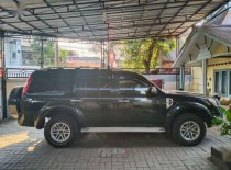 Butuh dana ingin jual Ford Everest Limited 2009