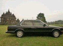 Jual BMW 3 Series 318i kualitas bagus