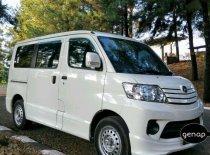 Butuh dana ingin jual Daihatsu Luxio D 2017