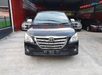 Butuh dana ingin jual Toyota Kijang Innova 2.0 G 2015