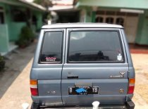 Butuh dana ingin jual Toyota Kijang Grand Extra 1996