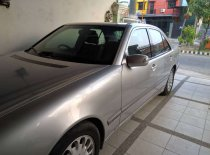 Mercedes-Benz E-Class 260 2000 Sedan dijual