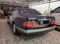 Jual Mercedes-Benz E-Class 1998 kualitas bagus